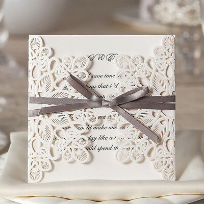 When should the wedding invitation be sent?